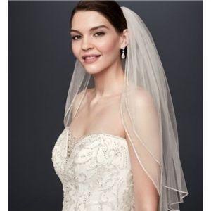 Brand New David's Bridal Wedding Veil